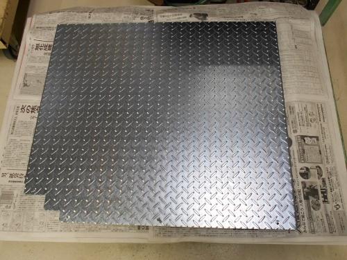 3価光沢クロメート 縞鋼板